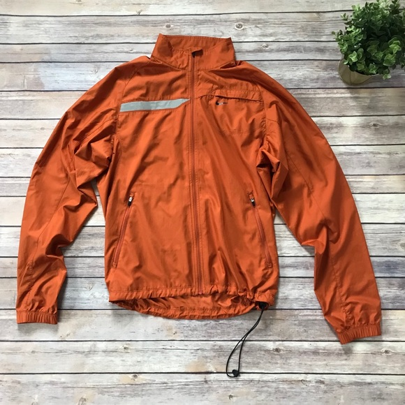f17edade9966 Nike orange windbreaker jacket lightweight S A1. M 5a5937dd739d4850497a3a03